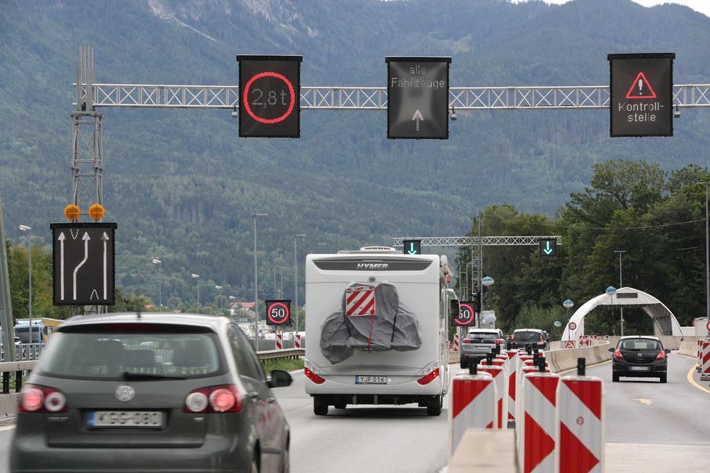 Die dritte Spur für die Grenzkontrollen am Walserberg zeigte Wirkung.