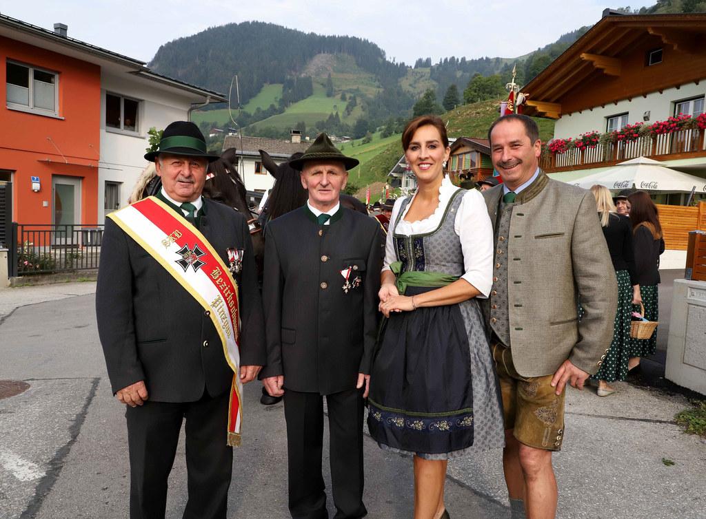 100 Jahre Kameradschaft Eschenau wurden gebührend gefeiert: Sebastian Brunner, B..