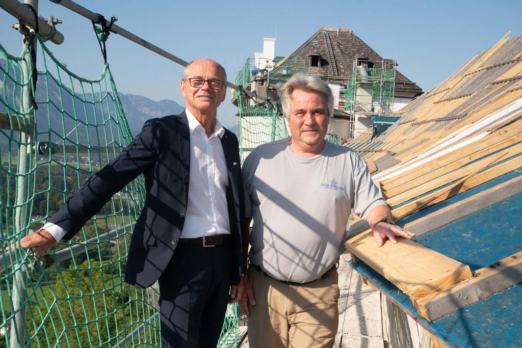 LH-Stv. Christian Stöckl und Christian Elsigan von der Festungsverwaltung inspiz..