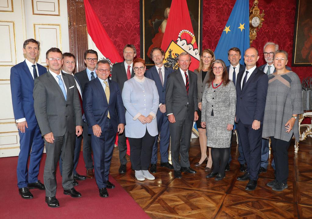 Hochkarätiges und internationales Treffen der Botschafter und Österreichs Vertre..