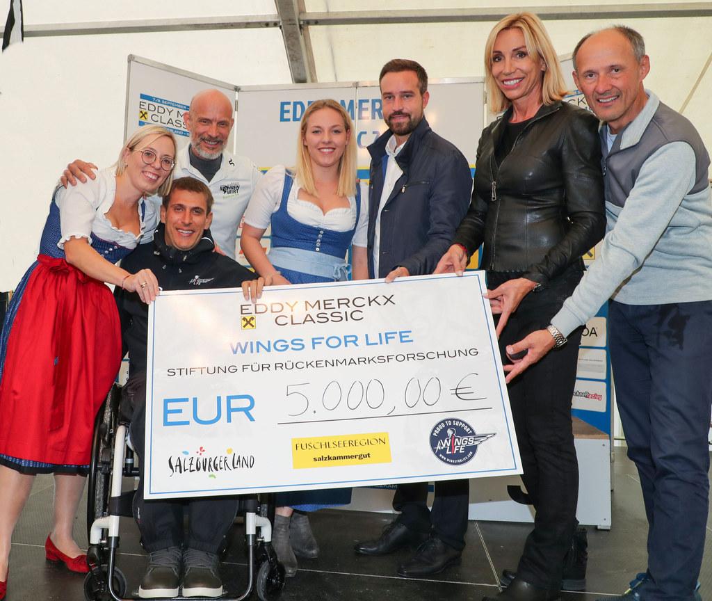 Beim Eddy Merckx Classic Radmarathon in Fuschl wurden 5.000 Euro für  Wings for ..