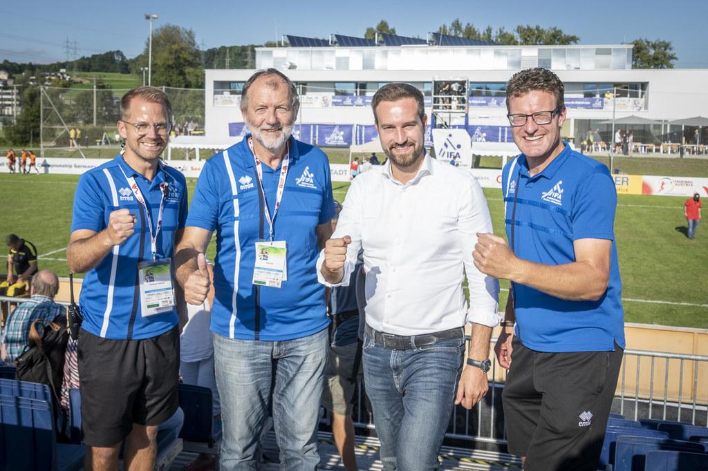 Christoph Oberlehner (IFA-Generalsekretär), Karl Weiss (IFA-Ehrenpräsident), LR ..