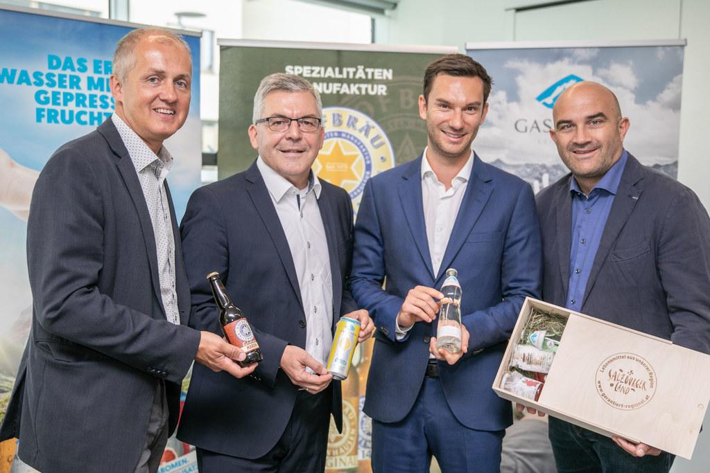 Setzen gemeinsam auf regionale Lebensmittel und Qualität: Günther Hinterholzer (..