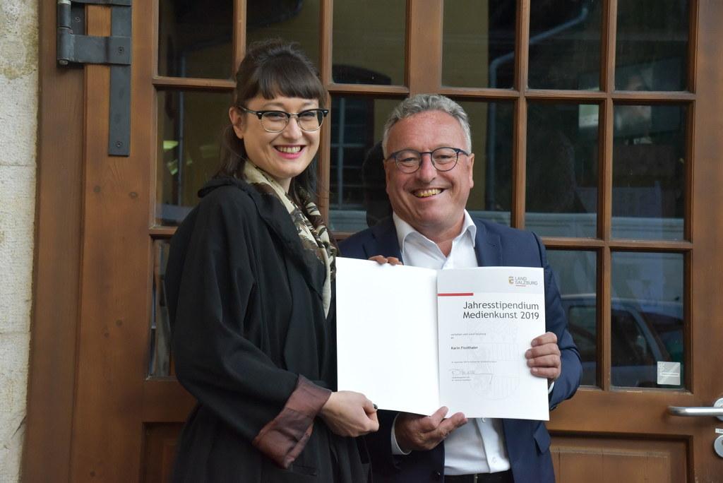 LH-Stv. Heinrich Schellhorn bei der Verleihung des Jahresstipendiums Medienkunst..