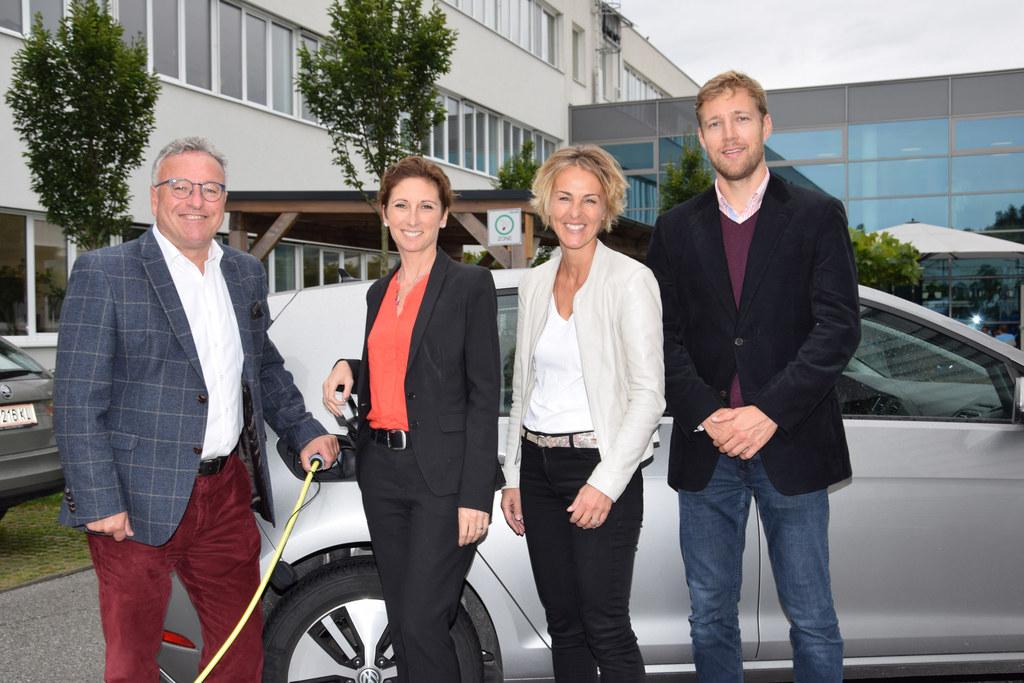 Beratertreffen des umwelt service salzburg in der GWS: LH-Stv. Heinrich Schellho..