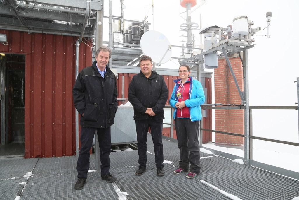 WMO-Generalsekretär Petteri Taalas (Mitte) besuchte das Sonnblick-Observatorium ..