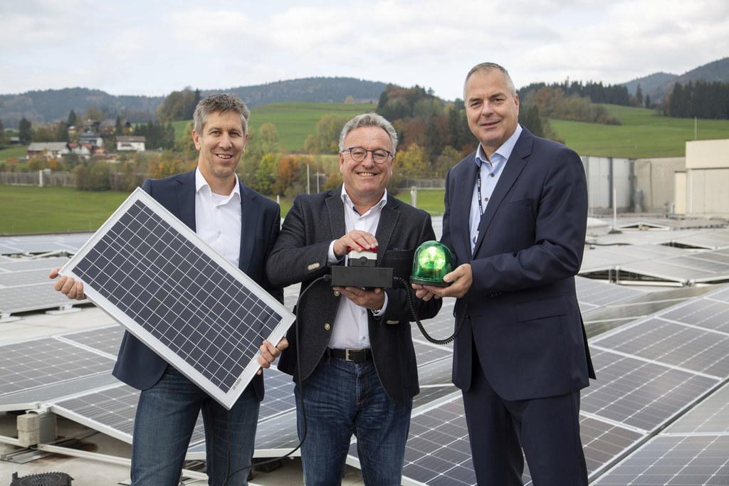 Eine der größten Photovoltaikanlagen im Bundesland Salzburg wurde im Sony-Werk i..