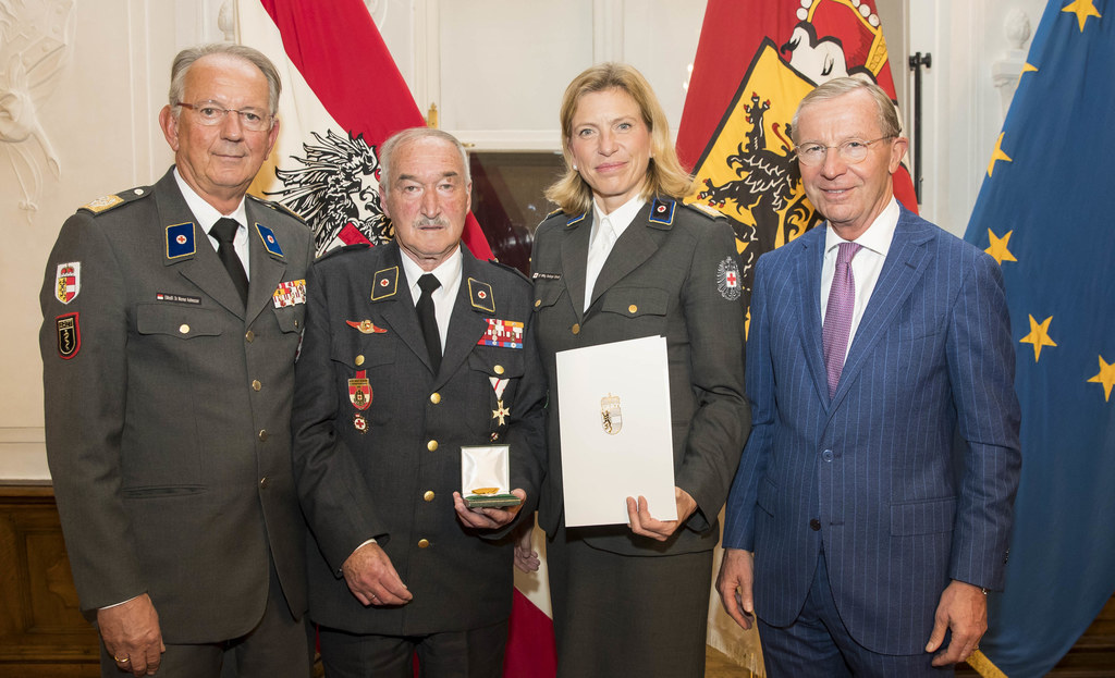 Präsident Werner Aufmesser, Josef Herbst aus Straßwalchen, Landesgeschäftsführer..
