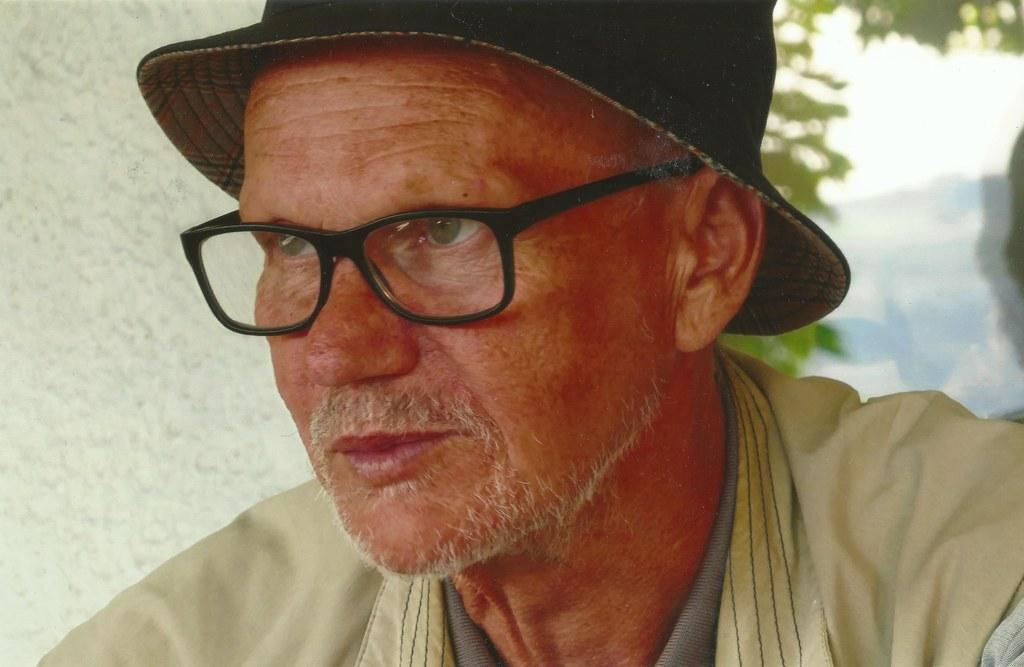 Hans Eichhorn, Berufsfischer und Schriftsteller wird mit dem Georg Trakl-Preis 2..