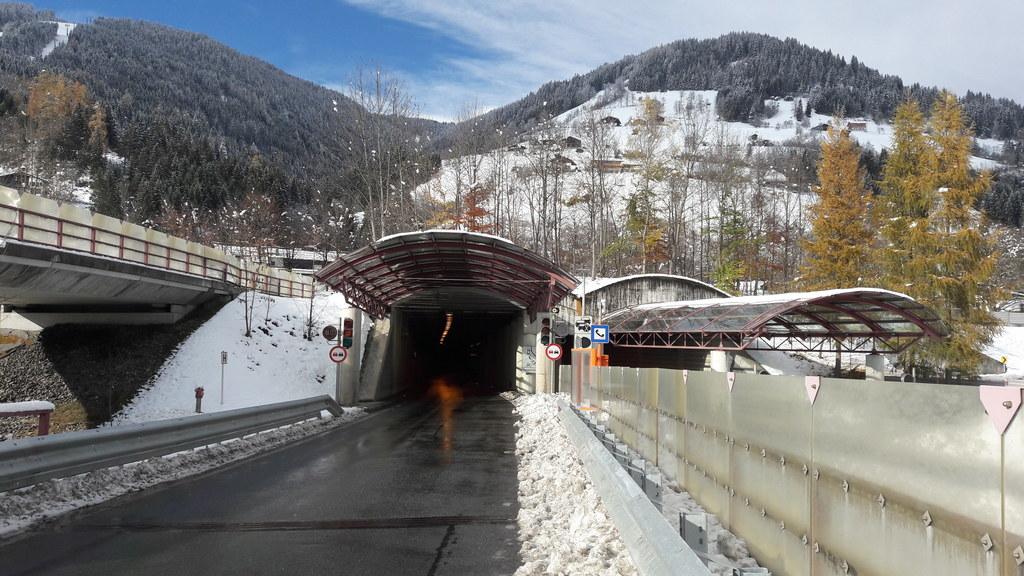 Von 12. bis 16. April wird der Schmittentunnel in Zell am See gereinigt und gewartet.
