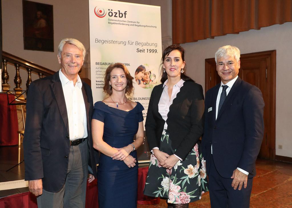 Eröffneten den 10. Internationalen ÖZBF-Kongress in der Salzburger Residenz: Ger..