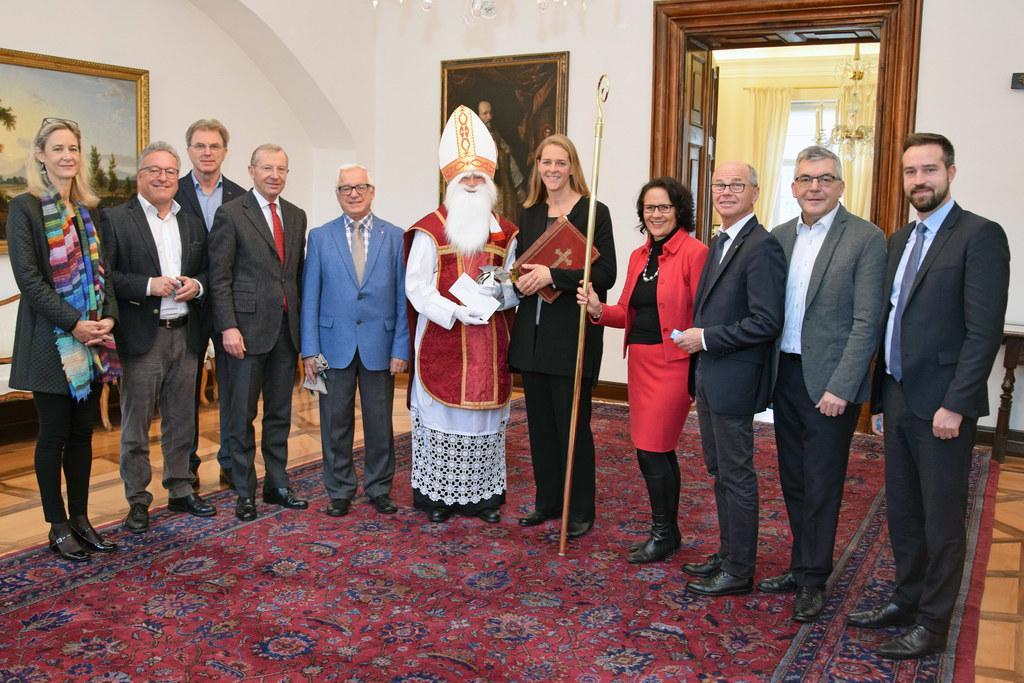 Der Nikolaus der Katholischen Männerbewegung besuchte heute die Mitglieder der L..