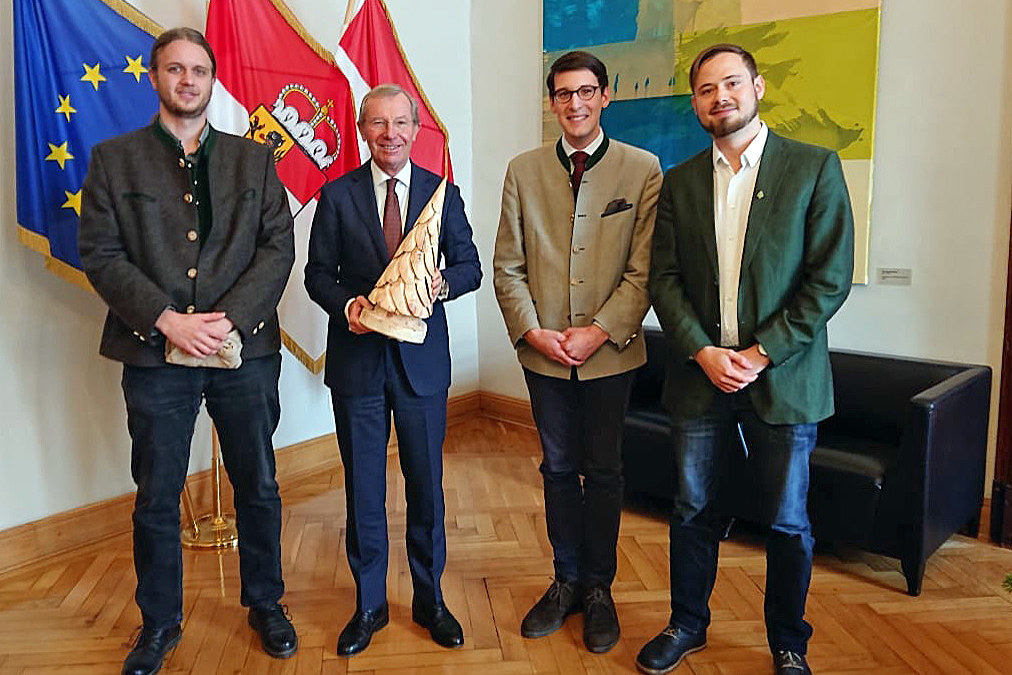 Der neue Vorstand des Förstervereins: Kassier Dominik Posch, LH Wilfried Haslaue..