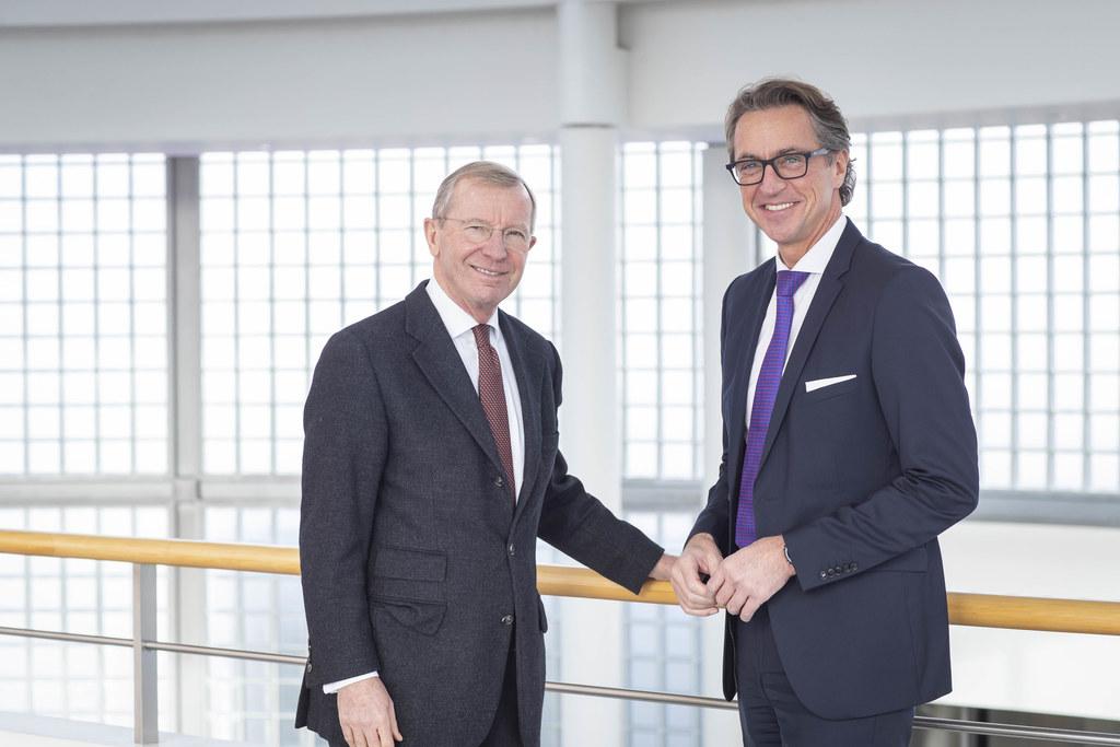 Landeshauptmann Wilfried Haslauer Aufsichtsratsvorsitzender der Salzburg AG und Leonhard Schitter Vorstandssprecher der Salzburg AG