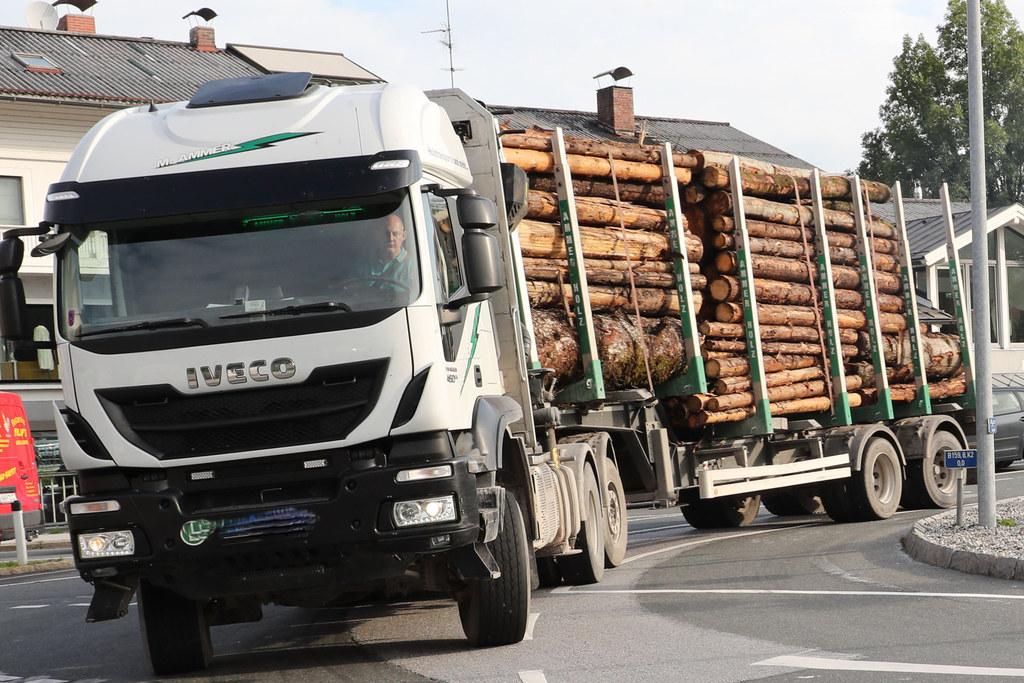 Für Lkw ohne Ziel in der Region gilt ab Ende Jänner in Lamprechtshausen ein Fahr..