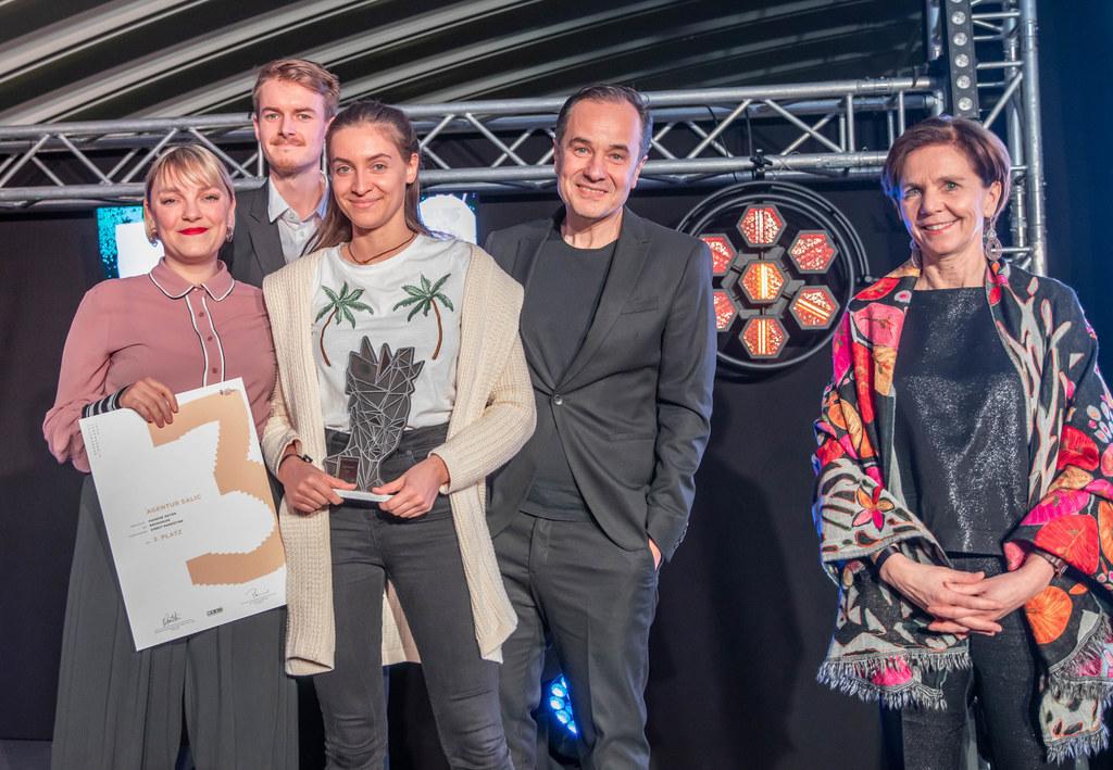 Die Agentur Salic gehörte zu den großen Gewinnern. LTP Brigitta Pallauf gratulierte.