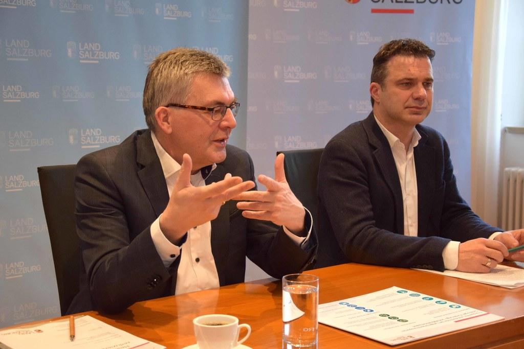 Der beste Kälbertransport ist jener, der vermieden werden kann, sagen LR Josef Schwaiger und LWK-Präsident Rupert Quehenberger.