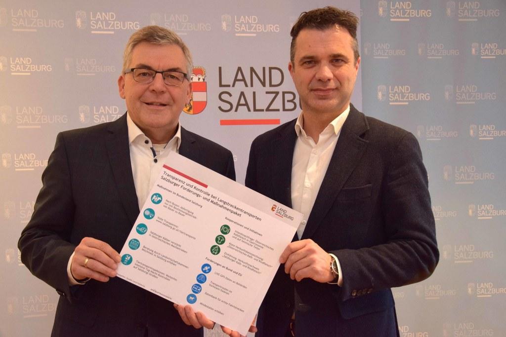 Ein Maßnahmenbündel und klare Vorgaben bei Kälbertransporten präsentierten LR Josef Schwaiger und LWK-Präsident Rupert Quehenberger.