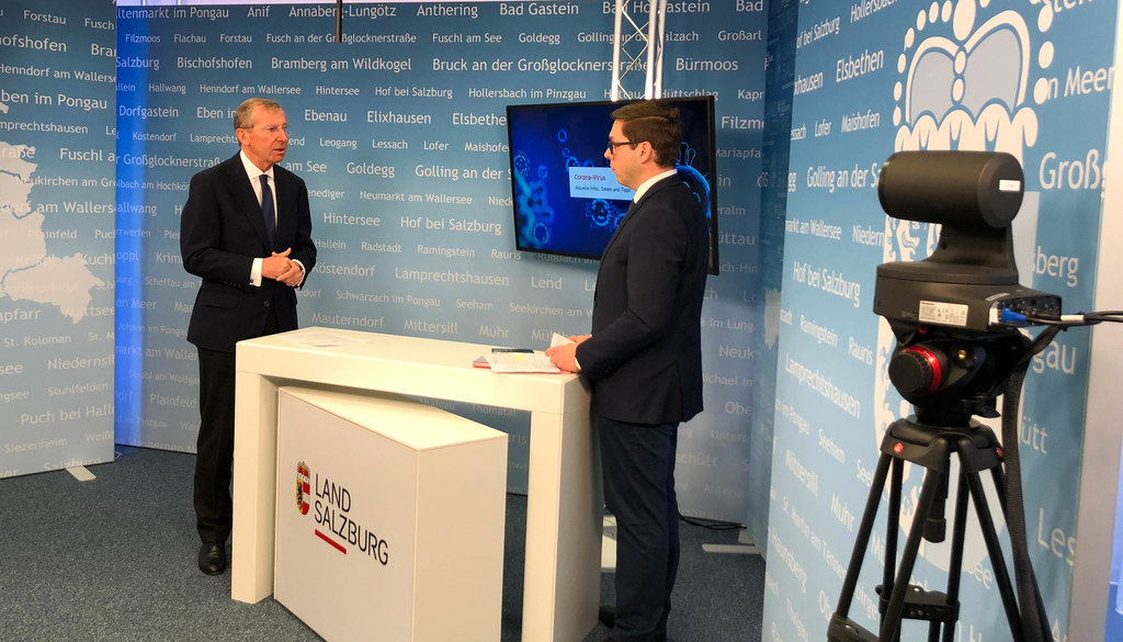 Landeshauptmann Wilfried Haslauer präsentierte im Gespäch mit Chefredakteur Franz Wieser heute das Maßnahmenpaket der Landesregierung.