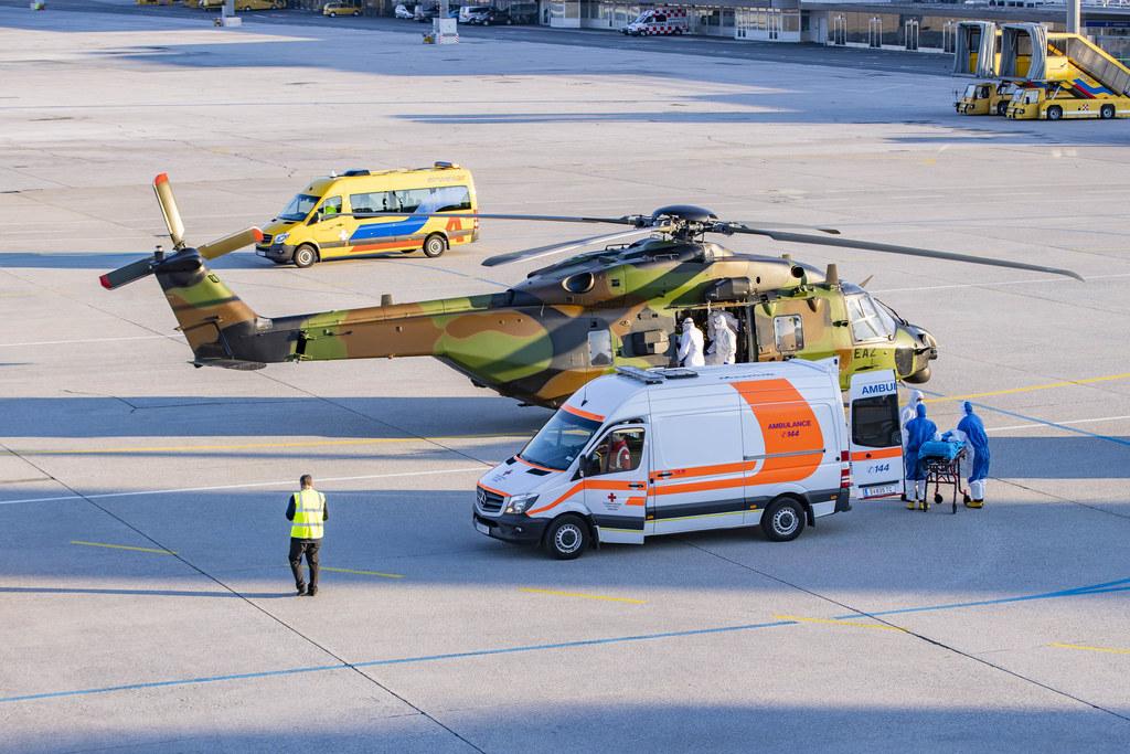 Mit einem Fahzeug des Roten Kreuzes wurden die Patienten in das Uniklinikum Salzburg gebracht.