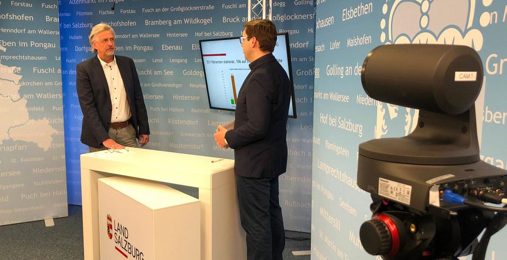 Der Leiter der Landesstatistik Gernot Filipp im Gespräch mit Chefredakteur Franz Wieser.