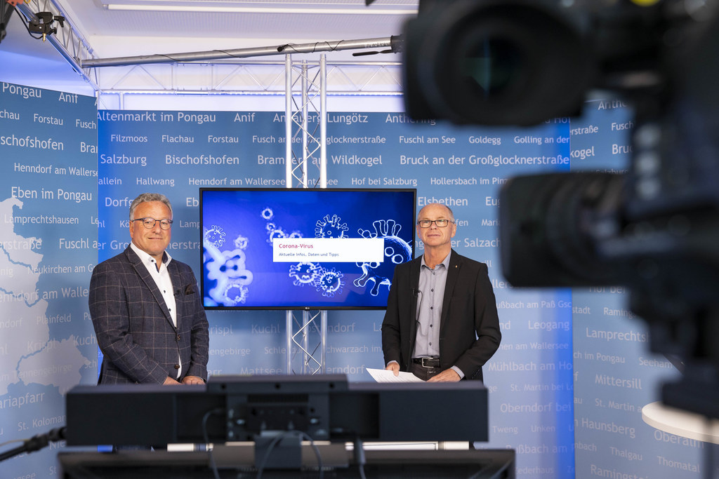 Die beiden LH-Stv. Heinrich Schellhorn und Christian Stöckl präsentierten heute ein  Maßnahmenbündel zum Schutz von Covid-19-Risikogruppen.