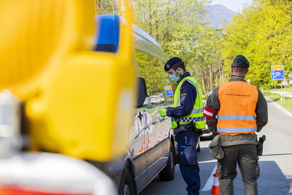 Im grenzüberschreitenden Verkehr über das kleine deutsche Eck gibt es weitere Erleichterungen.