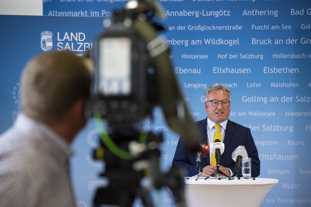 """LH-Stv. Heinrich Schellhorn: """"Die Klimakrise macht keine Pause. Die Investitionen müssen mit diesem wichtigen Thema im Hinterkopf gemacht werden. Und: Wir werden auch diese Krise ohne Sozialabbau bewältigen."""""""