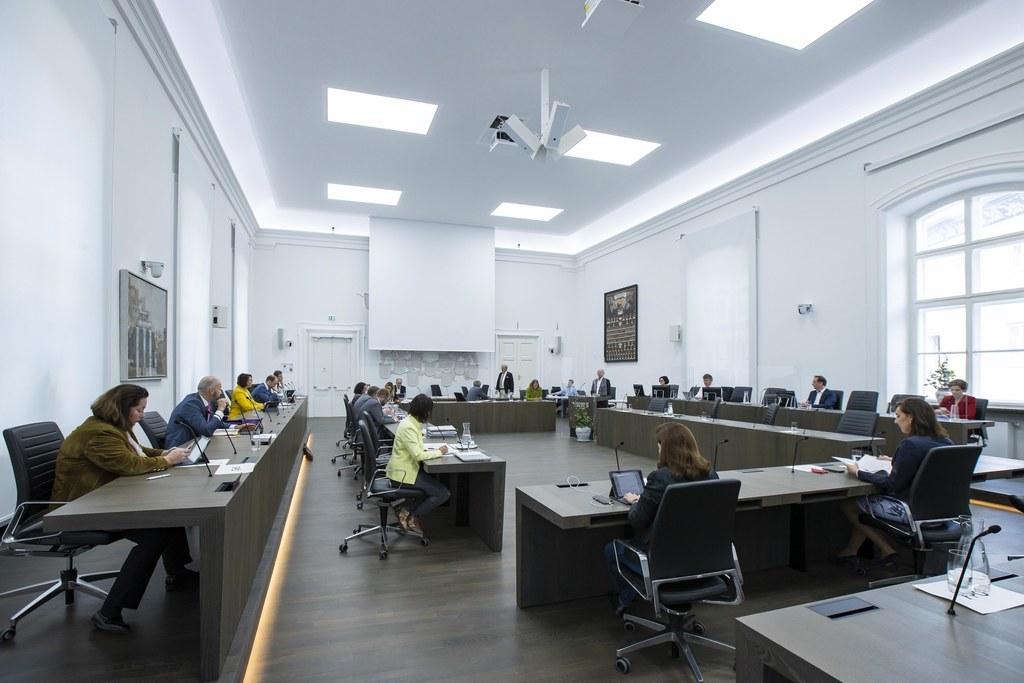 Bei den Ausschussberatungen wurden heute Vormittag sieben Tagesordnungspunkte behandelt.