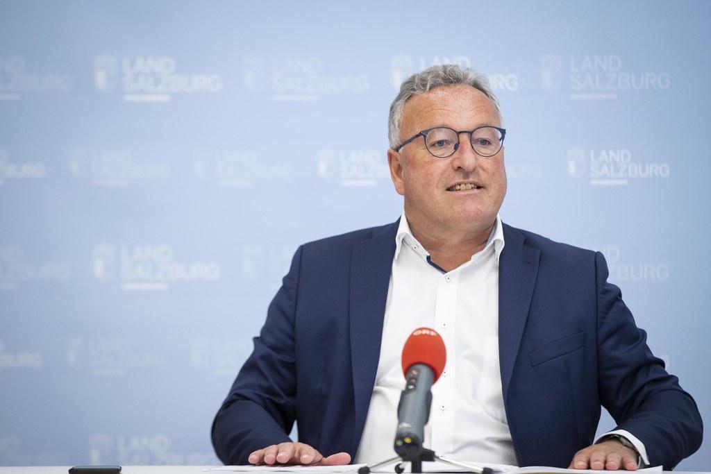 """""""Projekte zu Klimaschutz und Energiewende sollen rascher umgesetzt und besser unterstützt werden"""", so LH-Stv. Heinrich Schellhorn."""