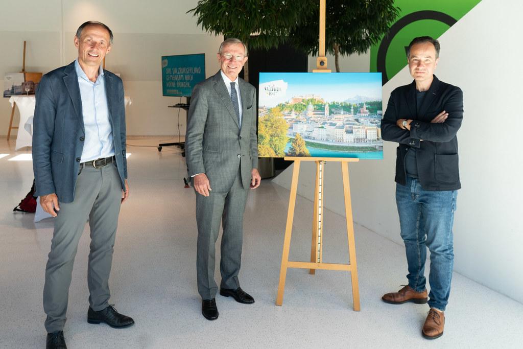 LH Wilfried Haslauer mit Leo Bauernberger (SLTG) und Christian Salic. Auch die Winterkampagne ist schon in den Startlöchern.