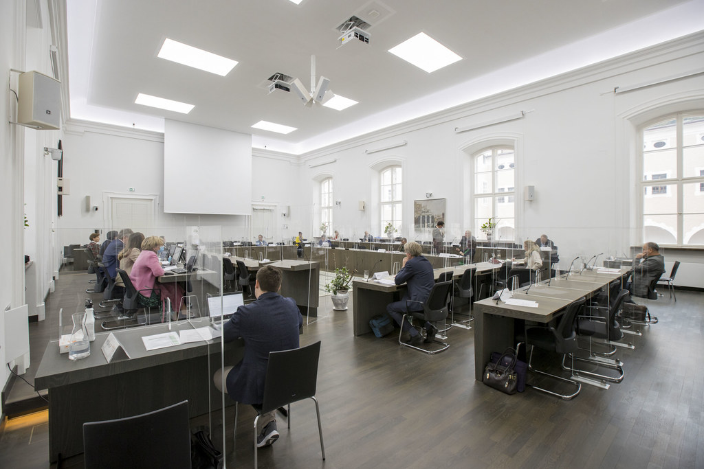 Bei den Ausschussberatungen wurden heute Nachmittag sieben Tagesordnungspunkte behandelt.