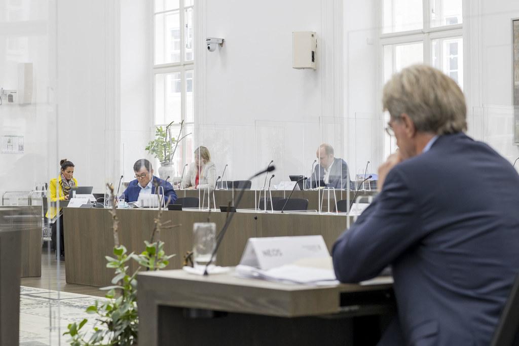Zwei Gesetze und zwei dringliche Anträge standen heute bei den Ausschussberatungen des Landtags zur Debatte.