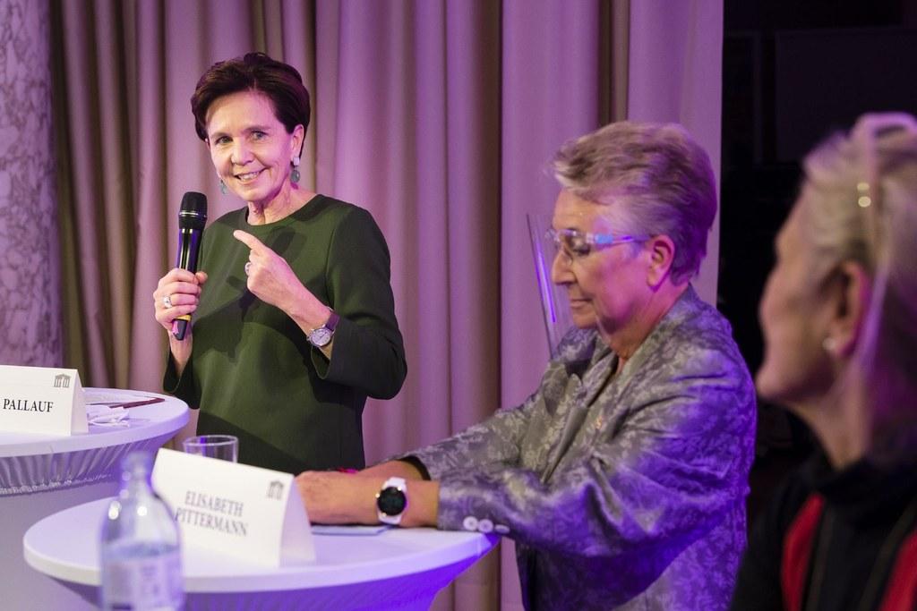 LTP Brigitta Pallauf, Nationalratsabgeordnete a.D. Elisabeth Pittermann.
