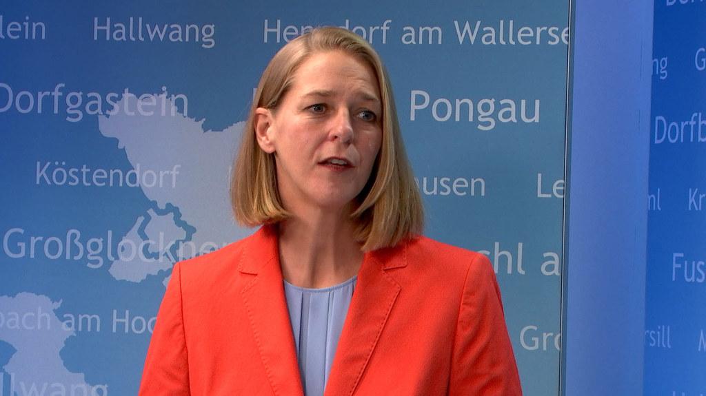 """Salzburgs Kindergärten bleiben offen"", betont LR Andrea Klambauer."