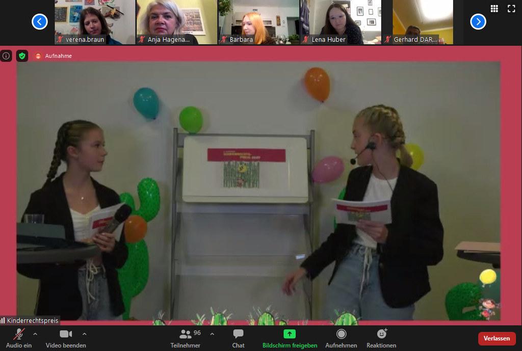 In ihrer achten Ausgabe fand die Verleihung des Kinderrechtspreises erstmals online statt. Emma und Luisa moderierten digital.