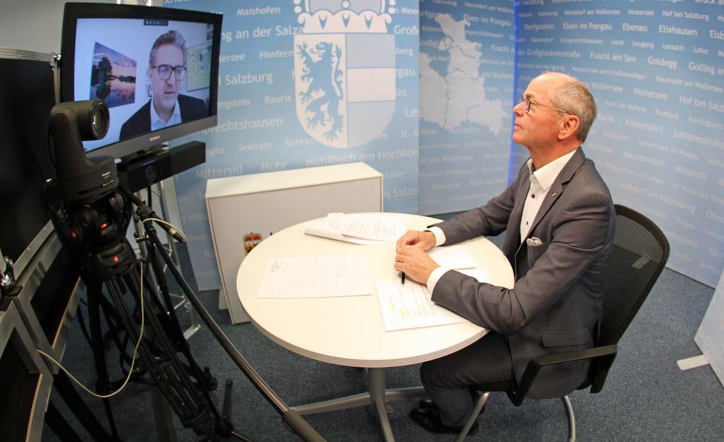 LH-Stv. Christian Stöckl fasste in einem virtuellen Pressegespräch die Ergebnisse der Gesundheitsreferentenkonferenz zusammen. Auch Stadtrat Peter Hacker (Wien) und LR Juliane Bogner-Strauß (Steiermark) standen für Fragen zur Verfügung.