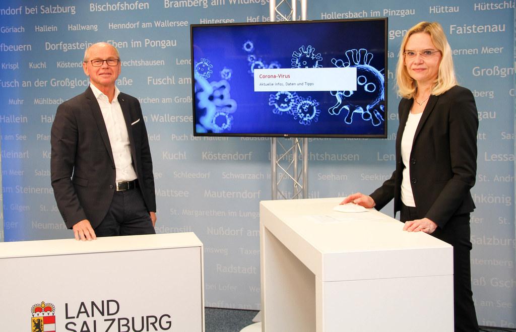 LH-Stv. Christian Stöckl mit Primaria Uta Hoppe. Sie leitet das medizinische Expertengremium im Krisenstab der Krankenhäuser.