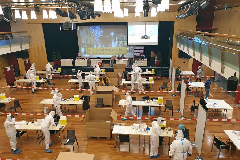 Von 15. bis 18. Jänner finden in Salzburg wieder Massentests auf das Corona-Virus statt. Eine von vielen Maßnahmen bis die Imfpung für alle zur Verfügung steht.
