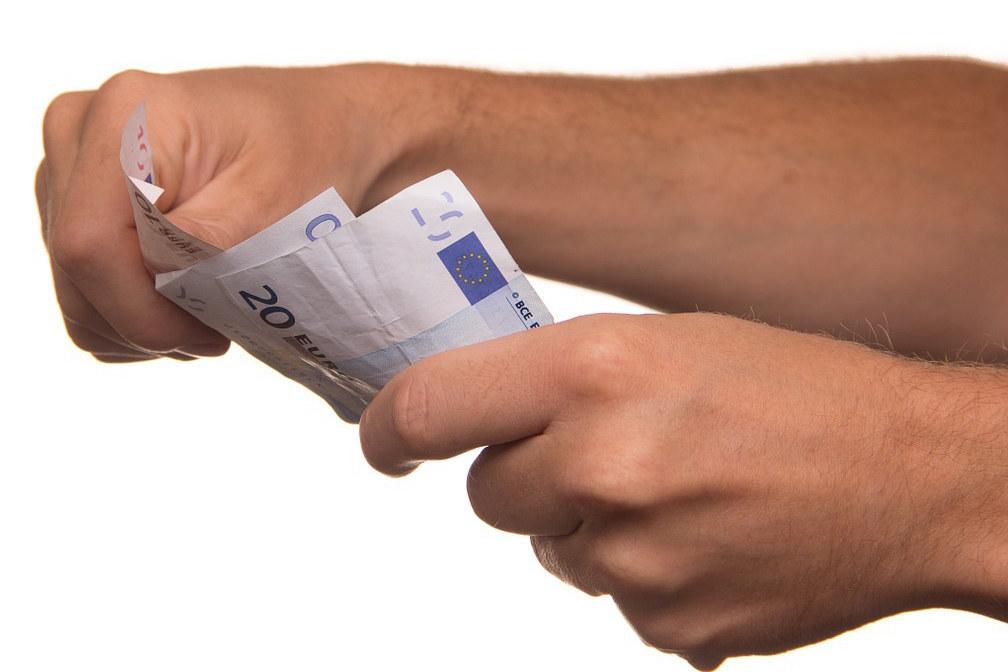 Die Salzburger Landeshilfe greift den Menschen unter die Arme. Unbürokratisch können bis zu 110 Euro sofort ausbezahlt werden.