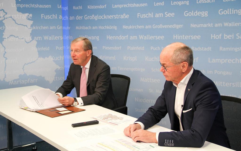 LH Wilfried Haslauer und LH-Stv. Christian Stöckl informierten heute den Landtag über den aktuellen Stand der Salzburger Impfstrategie.