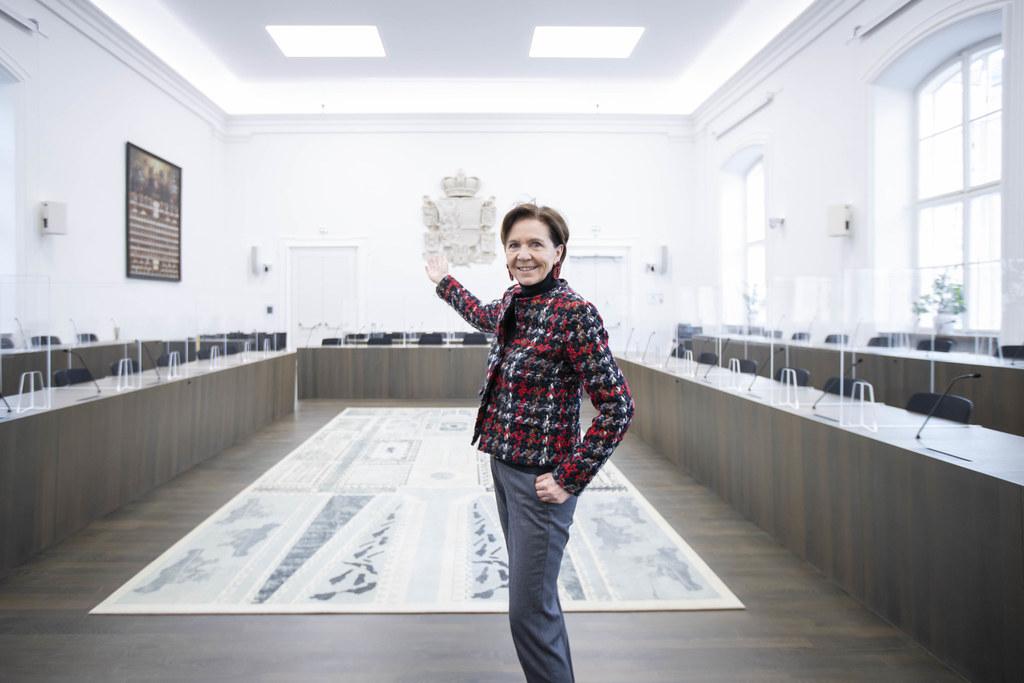 """Zum 100. Geburtstag der Salzburger Landesverfassung wurde ein sechsteiliges Jubiläumsprogramm erarbeitet. """"Dieses Jubiläum bietet uns den perfekten Rahmen, um die Wechselbeziehung von Verfassung, Landesparlament und Demokratie wieder stärker ins Licht zu rücken"""", so LTP Brigitta Pallauf."""