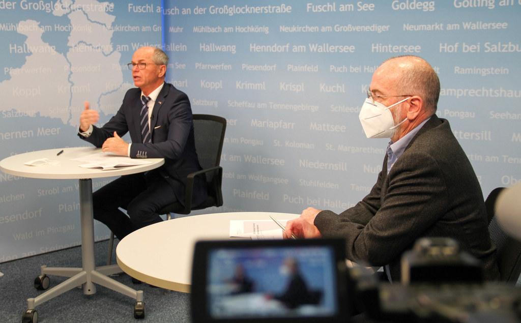 LH-Stv. Christian Stöckl und der Vizepräsident der Ärztekammer Salzburg, Christoph Fürthauer, gaben heute Auskunft über den aktuellen Stand der Corona-Impfungen.