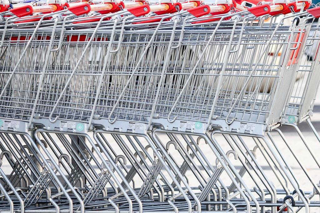 Die Einkaufswagerl müssen ab sofort in den Wintersportorten am Sonntag leer bleiben.