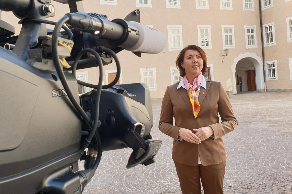 LAbg. Michaela Bartel von der ÖVP erzählt von ihrer parlamentarischen Arbeit und was sie im Alltag bewegt.