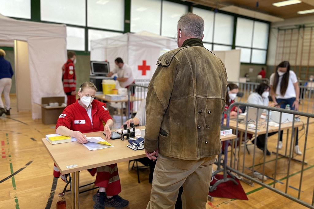 In Bad Hofgastein wurde vom Roten Kreuz eine Impfstraße errichtet, seit heute wird hier die Sonderimpfaktion abgewickelt. In Radstadt und Unken übernehmen die Aufgabe niedergelassene Ärzte.
