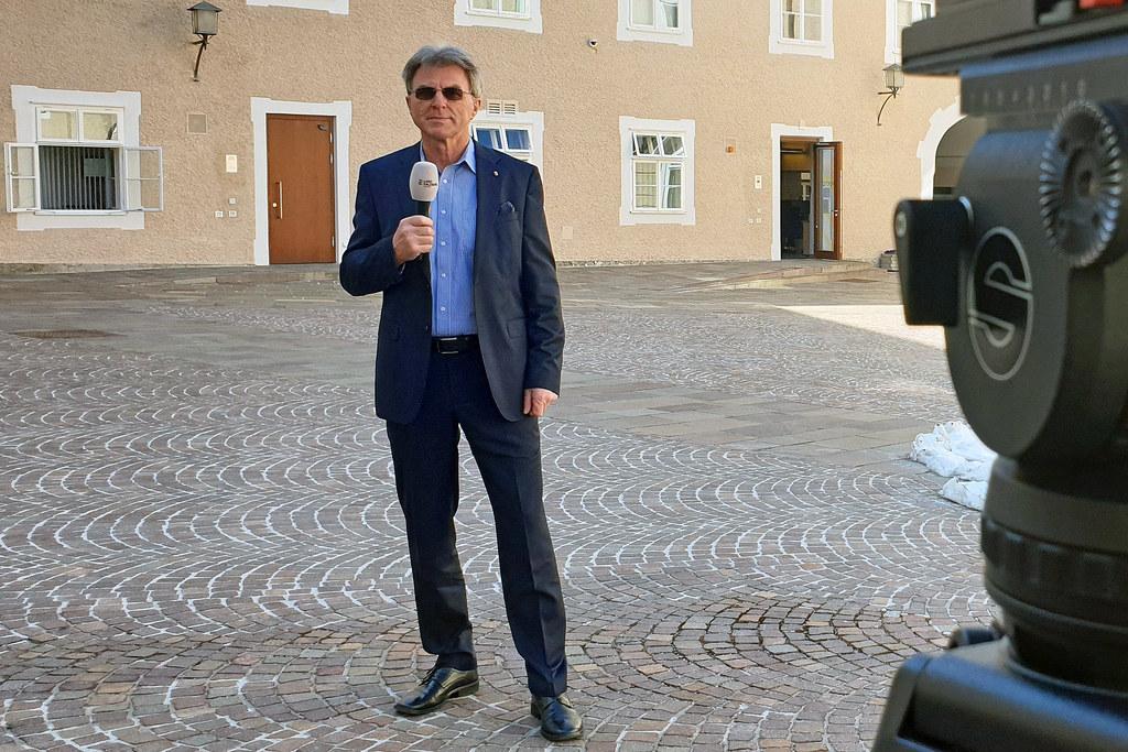 """Für die Serie """"Aus dem Landtag"""" beantwortet LAbg. Josef Egger fünf Fragen rund um Politik und Privatleben."""