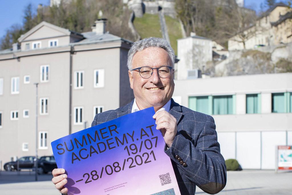 """Das Land Salzburg vergibt auch heuer Stipendien für die Internationale Sommerakademie. """"Salzburgerinnen und Salzburger erhalten so nicht nur einen Einblick ins künstlerische Schaffen, sondern werden vielleicht auch motiviert, in diesem Bereich Fuß zu fassen"""", sagt LH-Stv. Heinrich Schellhorn."""