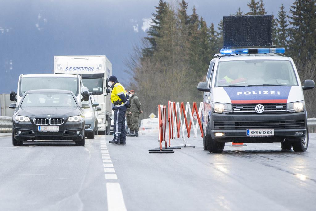 Die Testpflicht für die Fahrt ins und aus dem Gasteinertal läuft wie geplant am Ostermontag um 24 Uhr aus.