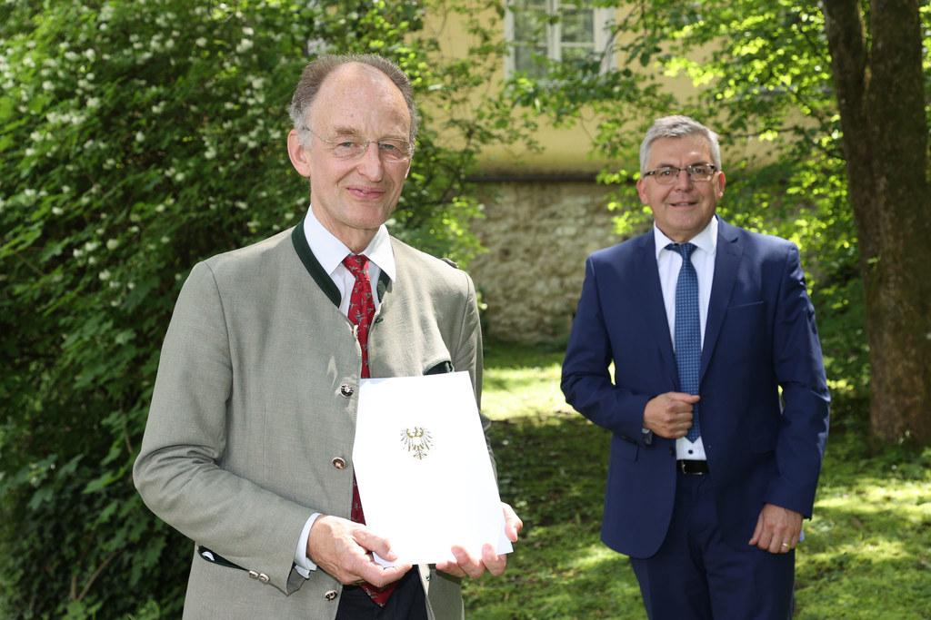 Ebenfalls ein frischgebackener Hofrat: Anton Pacher-Theinburg von der Landesveterinärdirektion